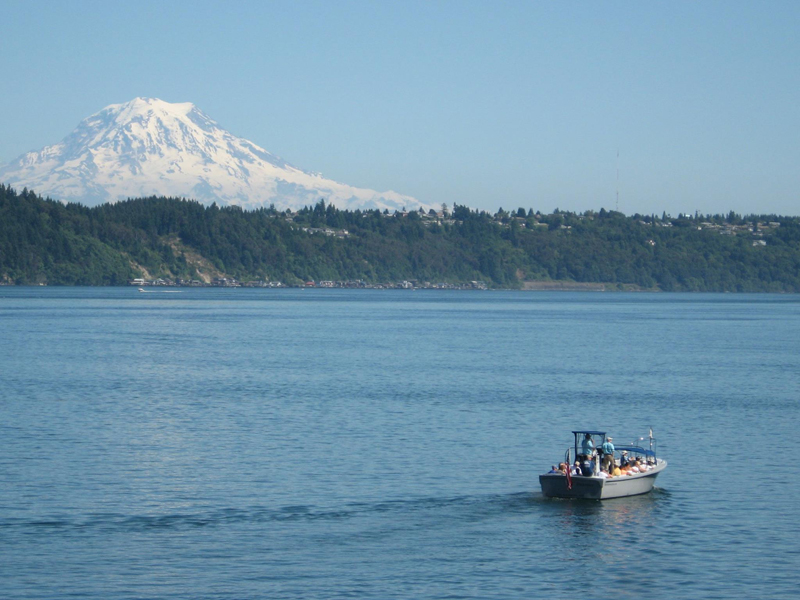 Gig Harbor Tour with Mt Ranier in the background